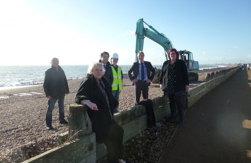 Alan Mak backs Hayling Island's Eastoke sea defences